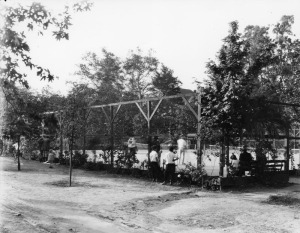 Figure 3: The tennis courts at Sycamore Grove Park were a constant source of concern. Source Los Angeles Public Library Photo Collection. http://jpg2.lapl.org/pics20/00019791.jpg