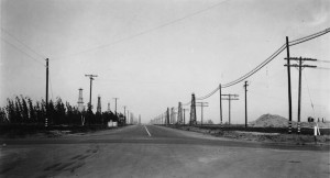 Figure 4: State Route 165, Figueroa Street, looking south from north side of Lomita Avenue, Los Angeles County, 1939 Source USC Digital Library (http://digitallibrary.usc.edu/cdm/singleitem/collection/p15799coll59/id/904/rec/2)